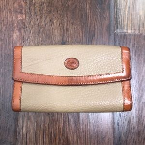 Dooney & Bourke Vintage Full Size Wallet Leather